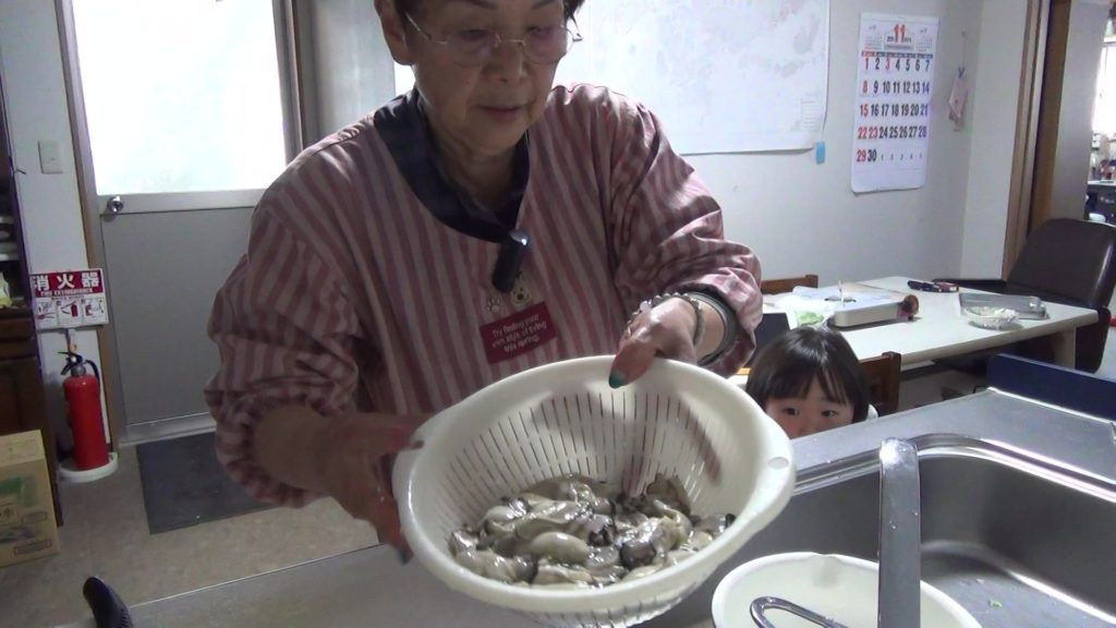 生牡蠣の洗い方